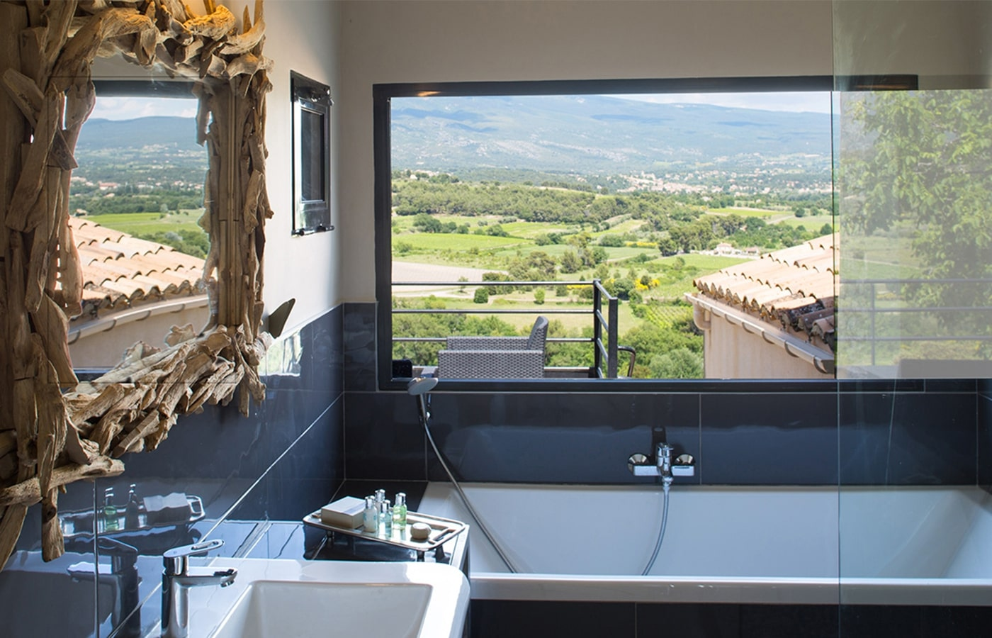 La Maison de Crillon - Hotel de charme avec vue sur le Mont Ventoux