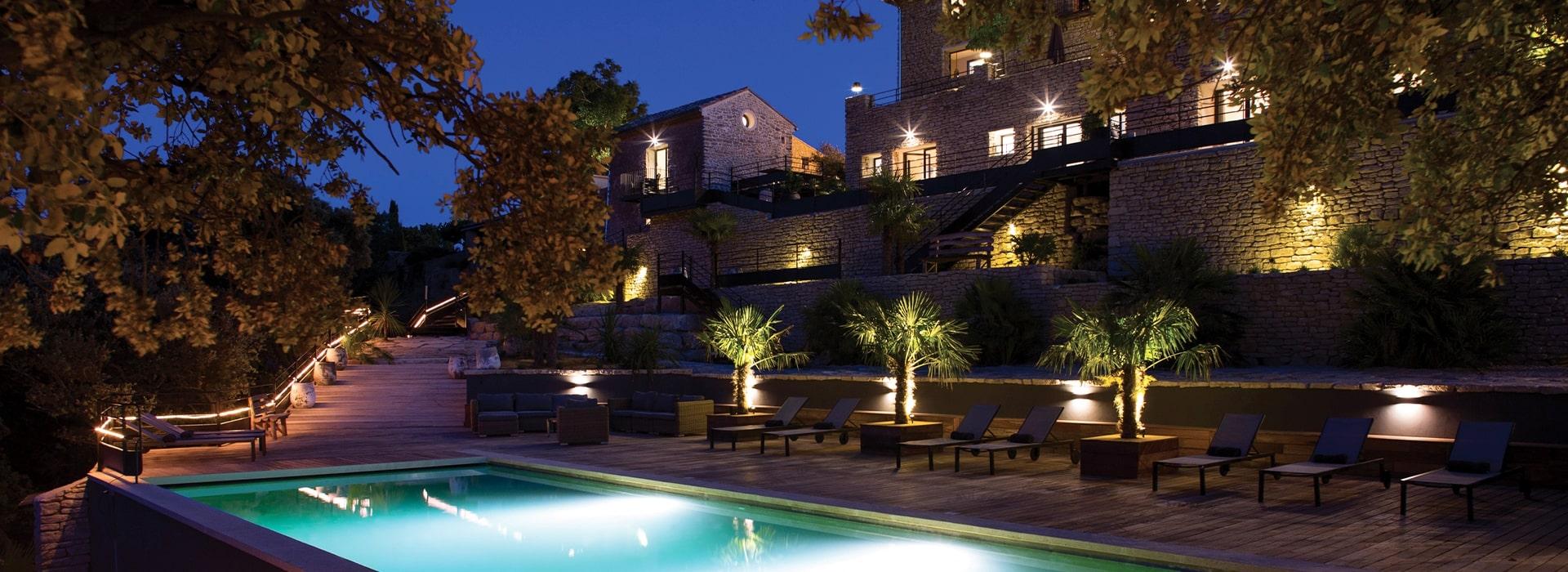Hôtel de charme avec piscine - Mont Ventoux
